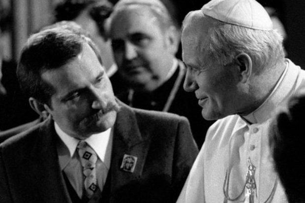 La Iglesia y la política local de dos papas no italianos