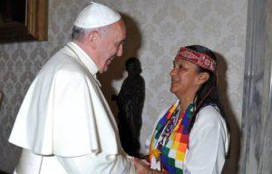 ¿A quiénes no debería recibir el papa Francisco?