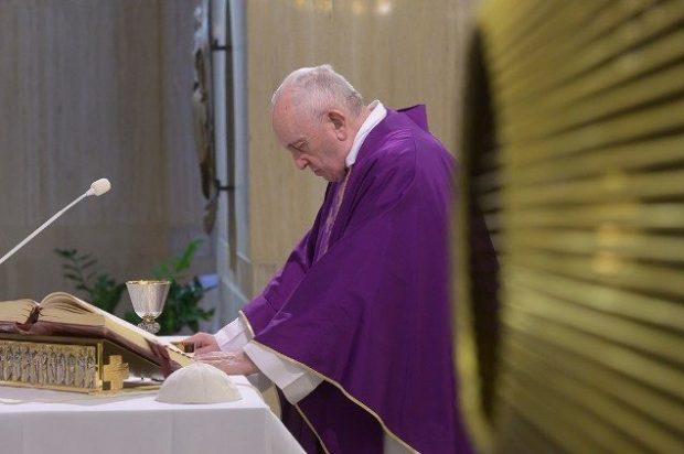 El Papa en confinamiento