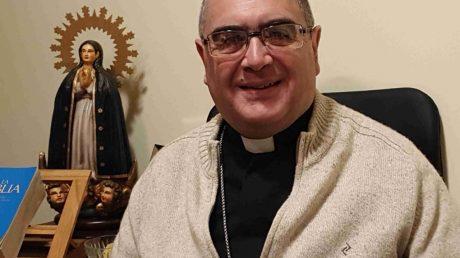 """Mons. Sergio Buenanueva: """"Debemos trabajar el aspecto cultural del aprecio por..."""